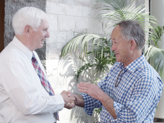 """U.S. Rep. John """"Jimmy"""" Duncan shakes the hand of state"""