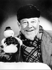 Burl Ives is shown in a 1977 file photo telling the