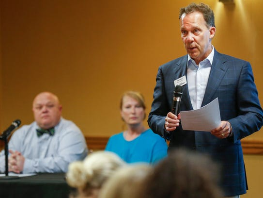 Zone 2 councilman Tom Prater speaks at a recent public