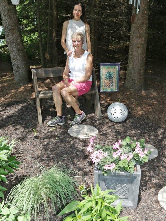 636341788413252943-she-n-Garden-Walk-Gardens-at-River-Hills-Farm0627-gck-31.JPG