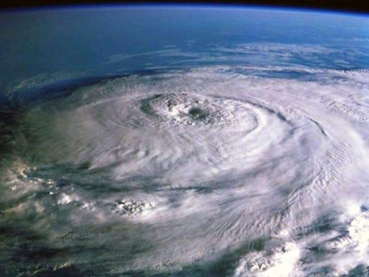 635758800577622718-hurricane-katrina