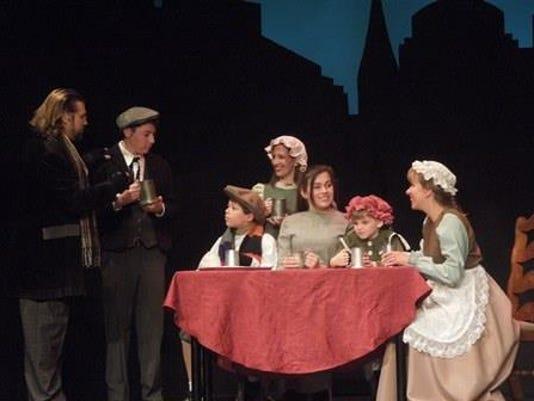 'A Christmas Carol' returns to Playhouse 22 PHOTO CAPTION