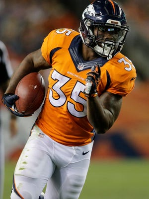 Former CSU star Kapri Bibbis, who is battling Ronnie Hillman for the No. 3 running back spot on the Denver Broncos' regular-season roster, was one of 11 former Rams who survived the first round of NFL roster cuts Tuesday.