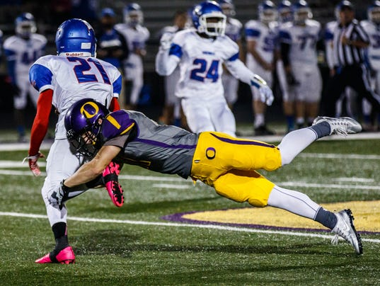 OHS Oconomowoc Wisco football 8459