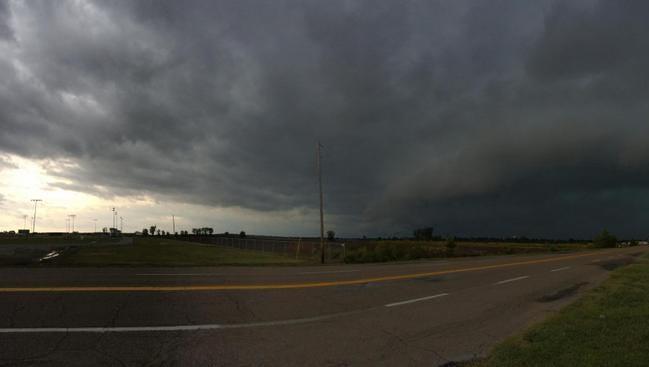 Wall cloud in Greenville, Miss.