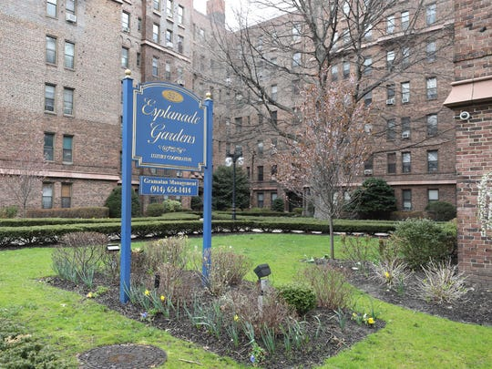 The exterior of Esplanade Gardens on East Lincoln Avenue