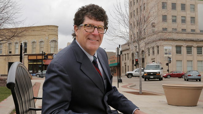 Bill Wyman, an Oshkosh native, has been named president and CEO of the Oshkosh Area Community Foundation. He starts his new role April 11.