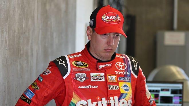 Kyle Busch, who won the 2015 Brickyard 400, will start on the pole in Sunday's race.