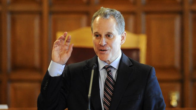 A lawsuit filed by daily fantasy sports company DraftKings claims that New York State Attorney General Eric Schneiderman is off base in his effort to stop DraftKings and FanDuel from taking wagers in New York. He has claimed that the sites are illegal and not regulated under state gambling laws.