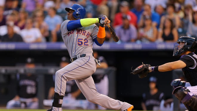 Yoenis Cespedes hit three homers as part of his 5-for-6 showing Friday night.