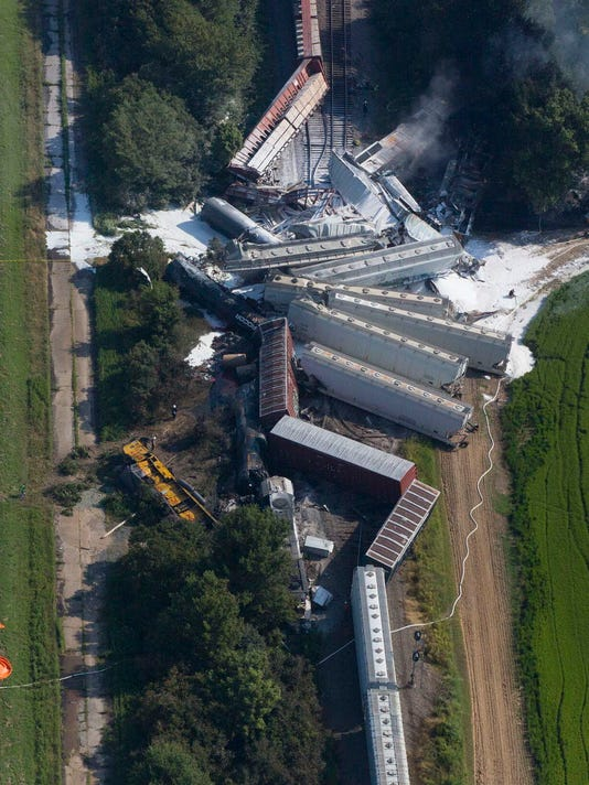 Crew likely asleep during fatal Ark  freight-train crash, NTSB rules