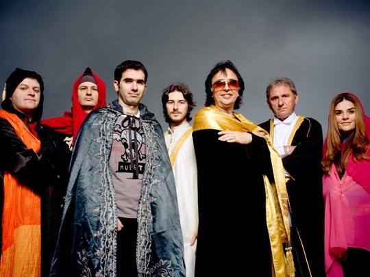 Tropicalia band Os Mutantes.