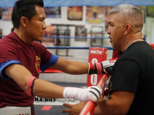 "Francisco ""El Bandido"" Vargas (23-1-2, 17 KOs) trains at the Indio Boys and Girls Club under the direction of Joel Diaz, at right. Vargas will face Stephen Smith (25-3, 15 KOs) of England in Las Vegas on December 9, 2017."