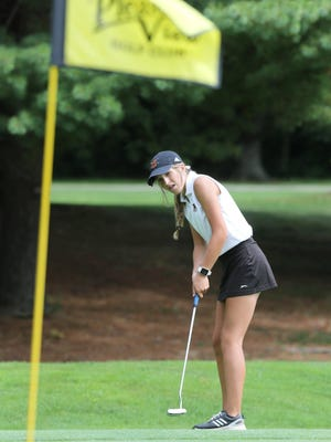 Marlington's Jayden Mitchell putts on the 14th green during Marlington's Tri-County Invitational at Pleasant View Golf Course on Tuesday, August 11, 2020.