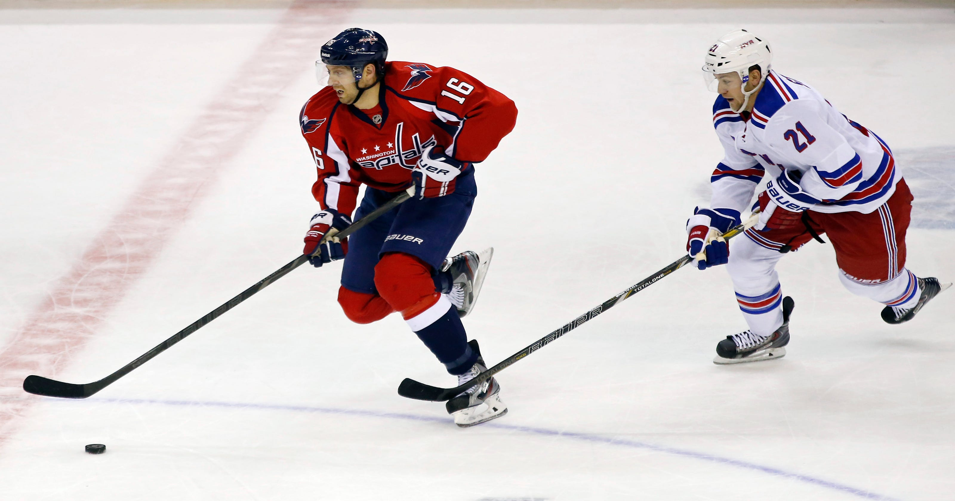 473666122ab Roundup  Capitals edge Rangers on late goal