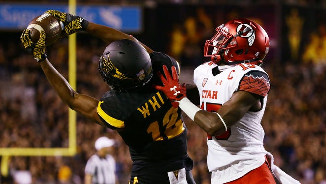 ASU wide receiver Tim White makes a touchdown catch against Utah in the 2nd half during PAC-12 action on Thursday, Nov. 10, 2016 in Tempe, Ariz.