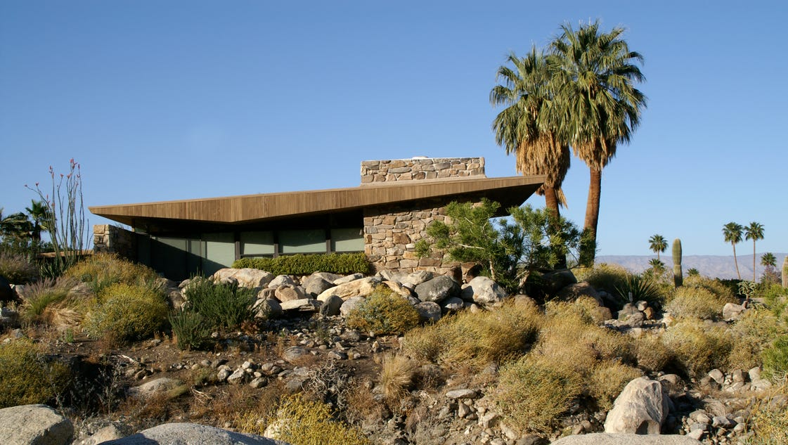 Palm springs 39 edris house for sale asking 4 2 million for The edris house palm springs