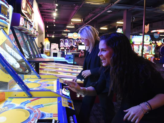 Dave & Busters opens in Wayne, NJ