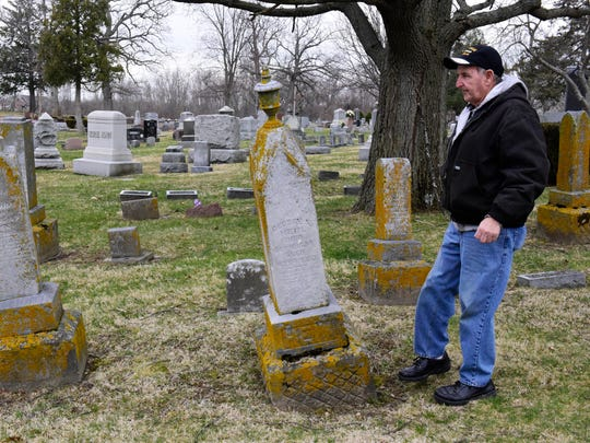 "Jack Ferguson said the way memorials have fallen into disrepair at Fremont's historic Oakwood Cemetery is ""not fair to the lot owners."""