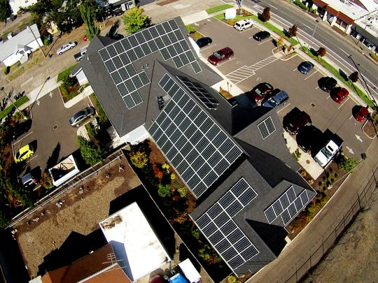 An aerial view of Spinaker Pediatric Dentistry's roof shows off their 118 solar panels.