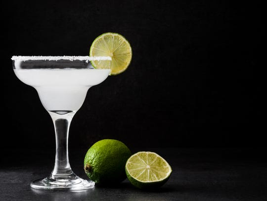 A margarita cocktail.