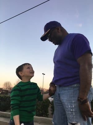 Jackson police officer Melvin Bonds and Ethan Pixley, 5, have become fast friends after a picture of them having dinner went viral.