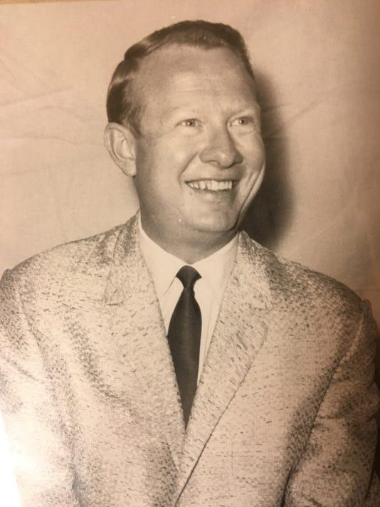 Lloyd Davis Jr.