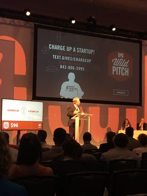 Charleston Mayor John Tecklenburg speaks at the beginning of DIG SOUTH's Wild Pitch competition.