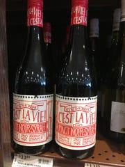 C'Est La Vie 2014 is a dark blend of 60% Pinot Noir
