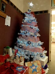 "This ""giving tree"" for local veterans can be found"