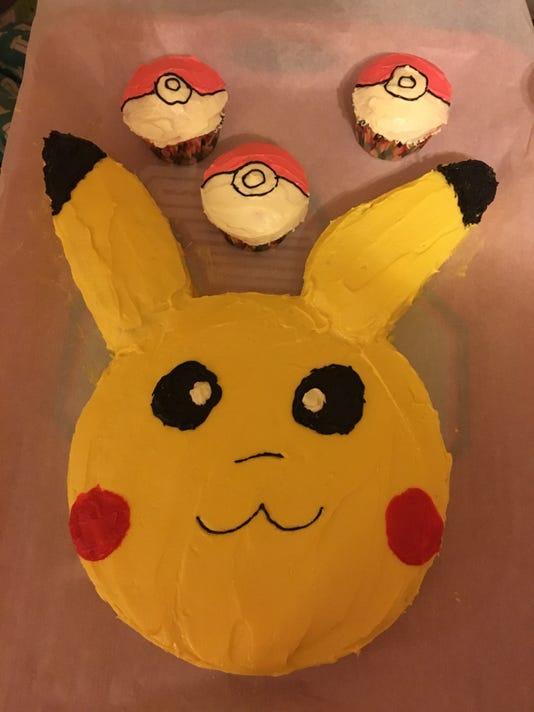 636216253816652904-PikachuCake-cmoody.jpg