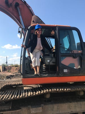 Perth Amboy Mayor Wilda Diaz kicked off demolition of the largest building at the former ASARCO site in Perth Amboy.