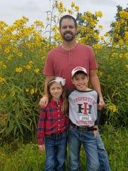 Ryan Heiniger and his children.