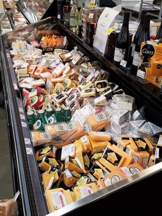 636413776700926611-3-0920-evfe-ev-cheese1.jpg