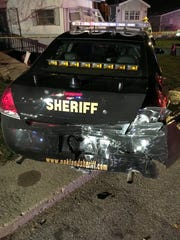 An Oakland County deputy sheriff was driving southbound