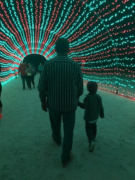 636495433951606405-Al-Christmas-column-main-art.jpg