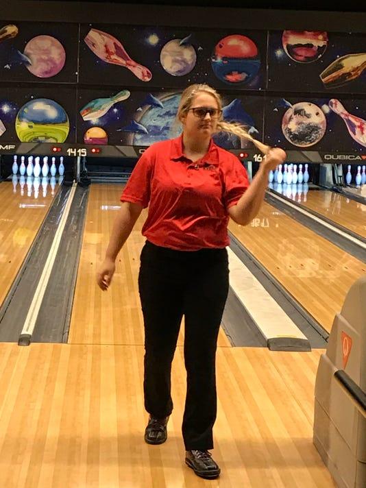 Pleasant girls bowling Kynna Byrne