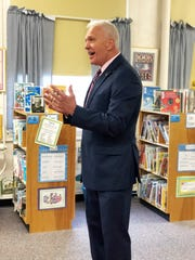Bob Thomas, Knox County Schools superintendent, discusses literacy and Knox County Schools with the media and Connect Knox volunteers.