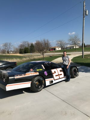 Alyssa Larson, 19, of Green Bay will travel north to compete weekly at Norway (Mich.) Speedway on Friday nights in 2018.