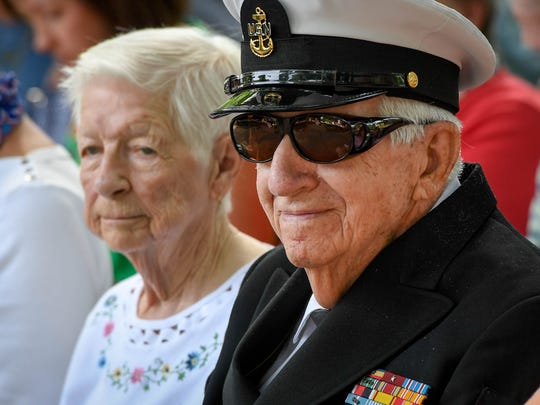 Navy veteran Vernon Seiler with Dorthy, his wife of