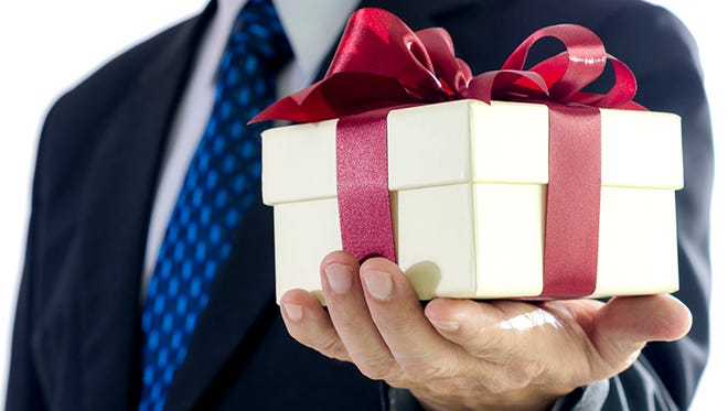 For businesses, the IRS sees certain types of gifts as taxable.