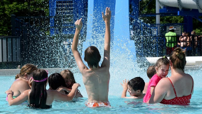 The Heath City Water Park will host the 14th Kickin' Ash Splash Pool Party on Saturday to celebrate healthy living.