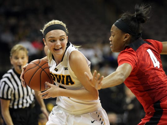 635884796015088279-IOW-0104-Iowa-wbb-vs-Rutgers-05.jpg