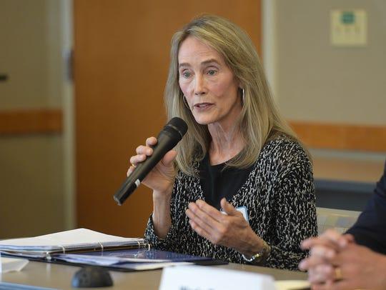 Fort Collins mayor candidate Elizabeth Hudetz speaks