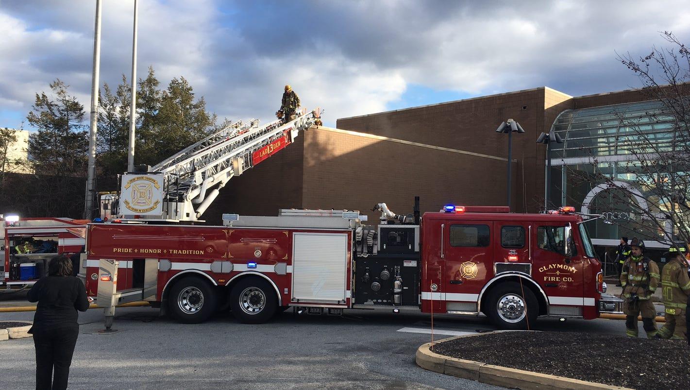 macy u0027s in concord mall damaged in fire
