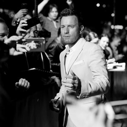 Now, that's a movie star. Ewan McGregor greets fans