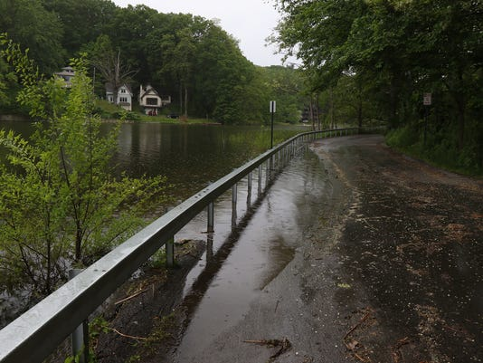 Irondequoit Bay floods road