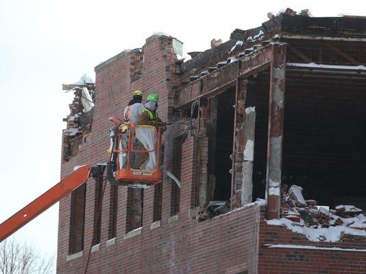 demolish old Genesee Hospital