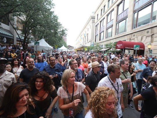 The crowd at the City of Rochester Jazz Street Stage