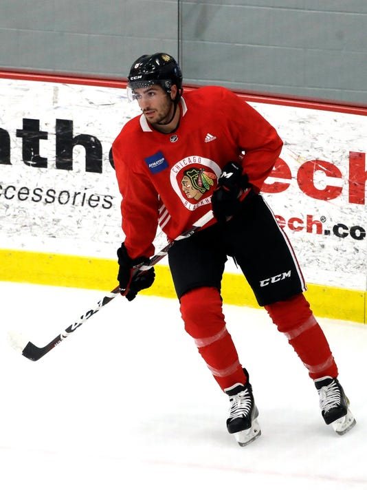 Blackhawks_Camp_Hockey_27434.jpg
